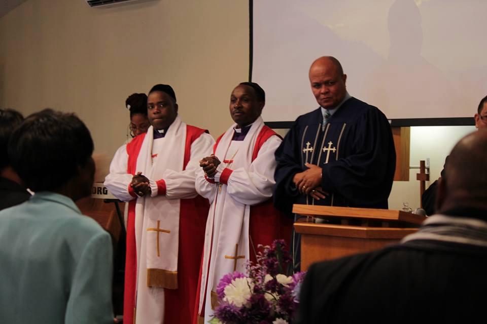 Archbishop William officiating